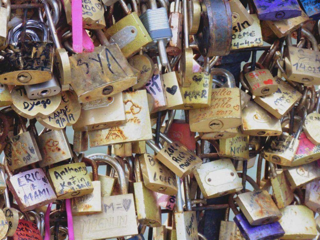 Candados del amor, París