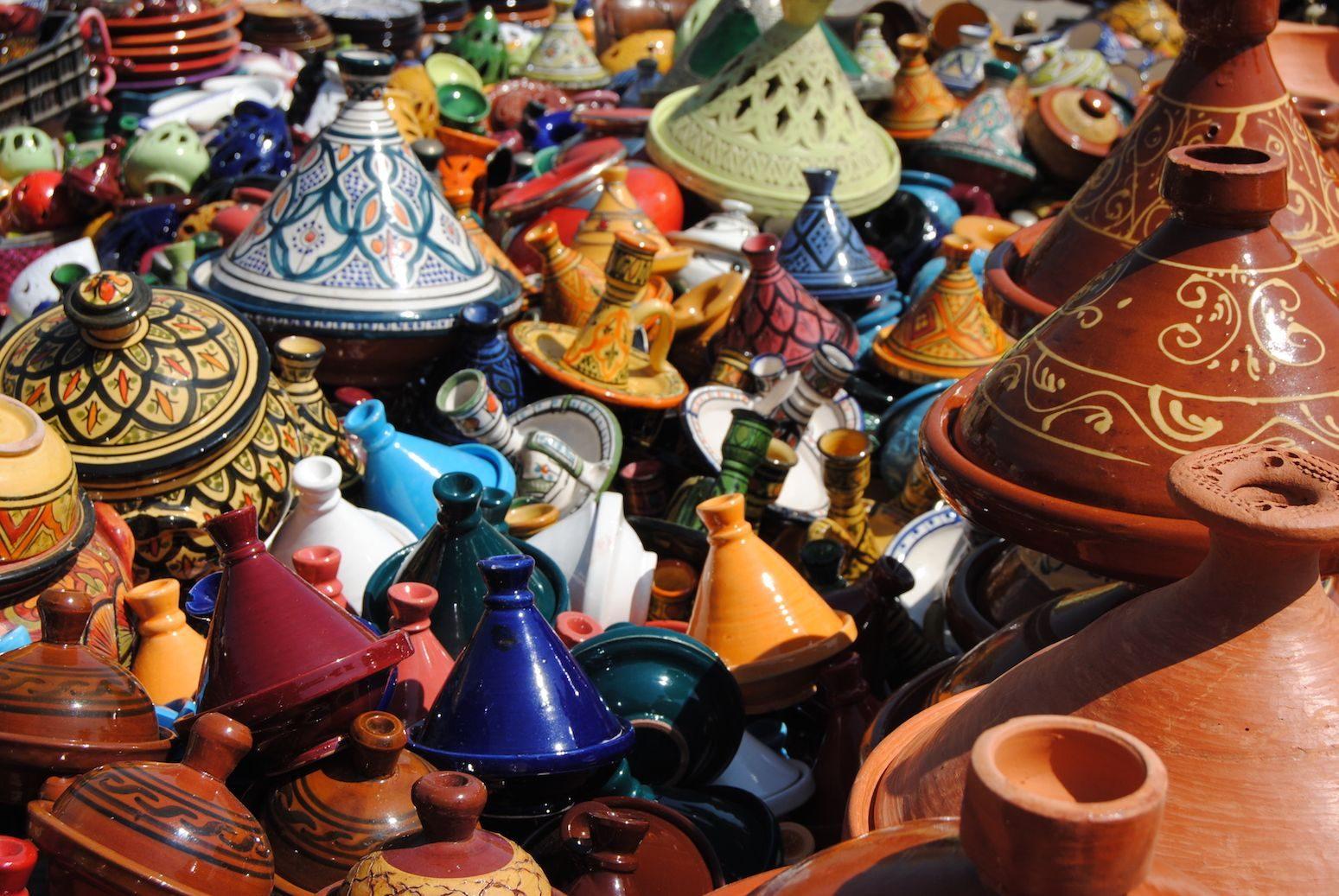 Cerámica en zoco de Meknés (Marruecos)