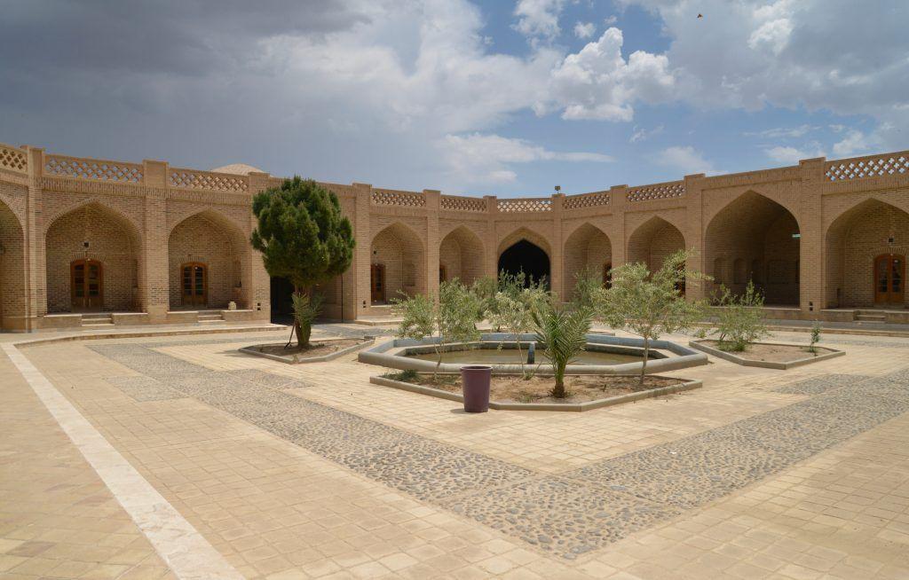 Caravanserai de Kharanaq. Irán
