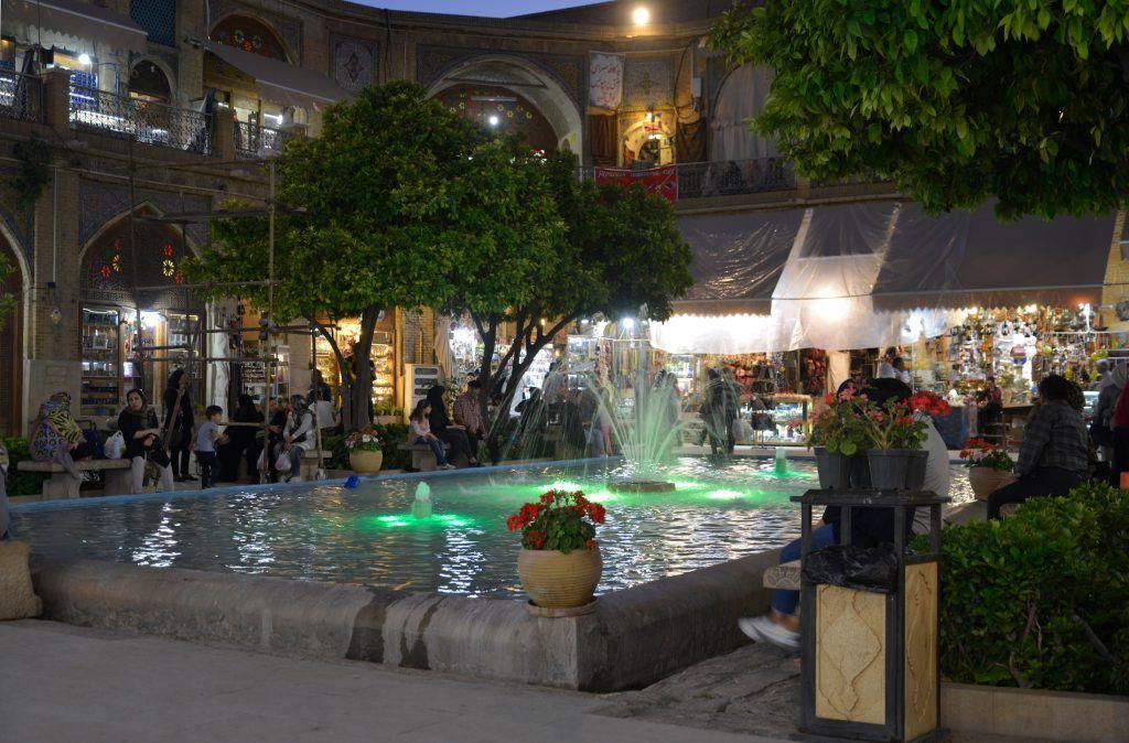 Bazar, Irán