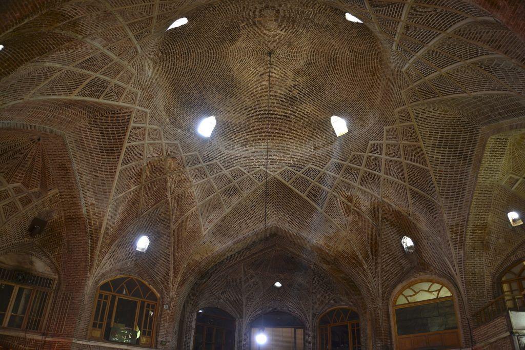 Bóveda en bazar de Tabriz. Irán