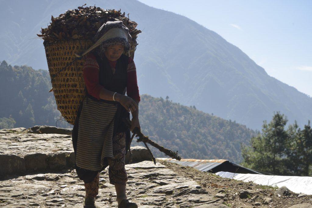 Mujer sherpa. Lukla. Nepal