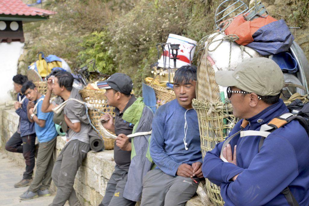 Sherpas en Namche Bazar